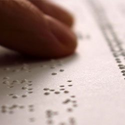 Certificado de Discapacidad y personas con alteraciones visuales